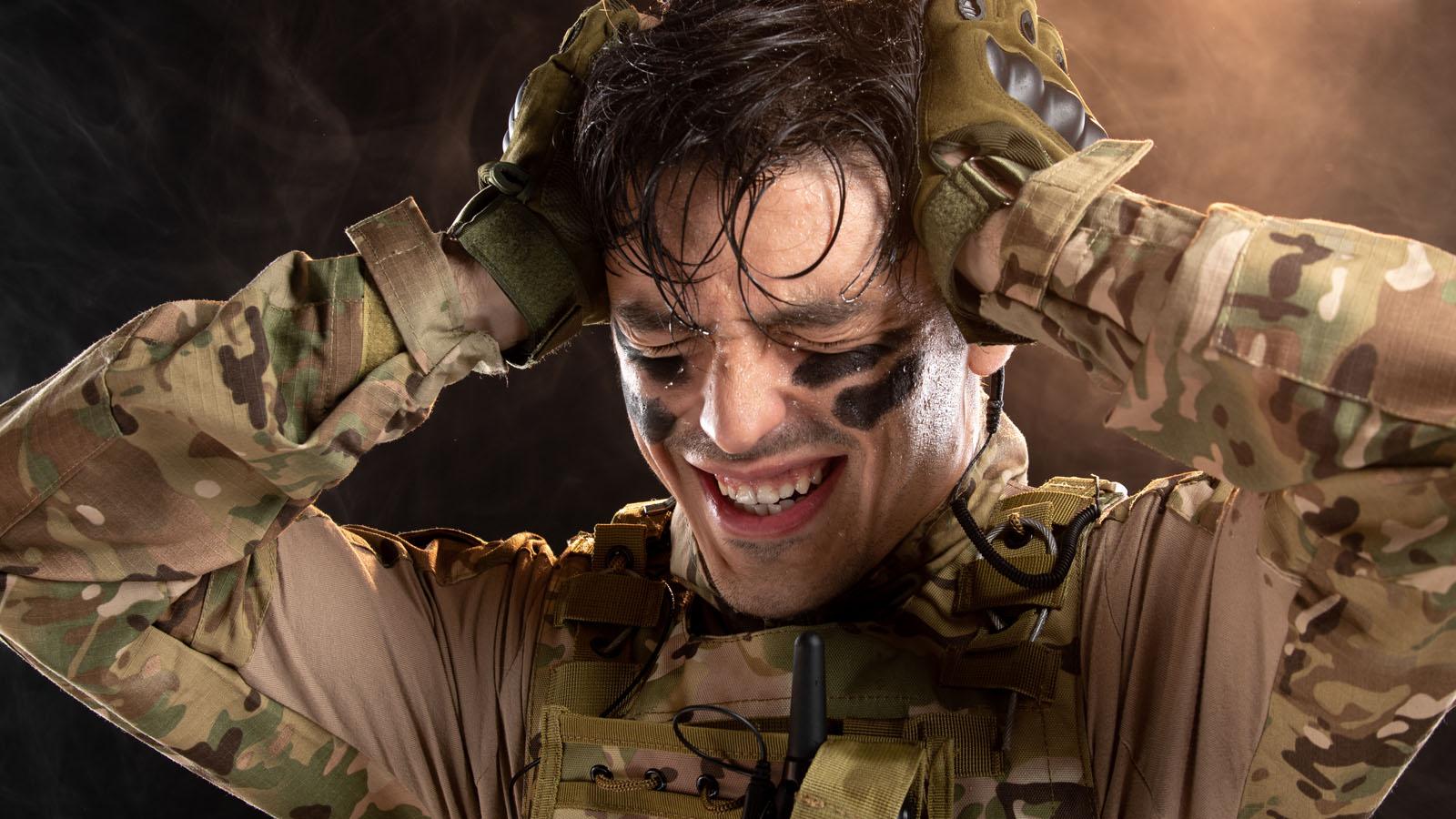 militari acufene trauma acustico