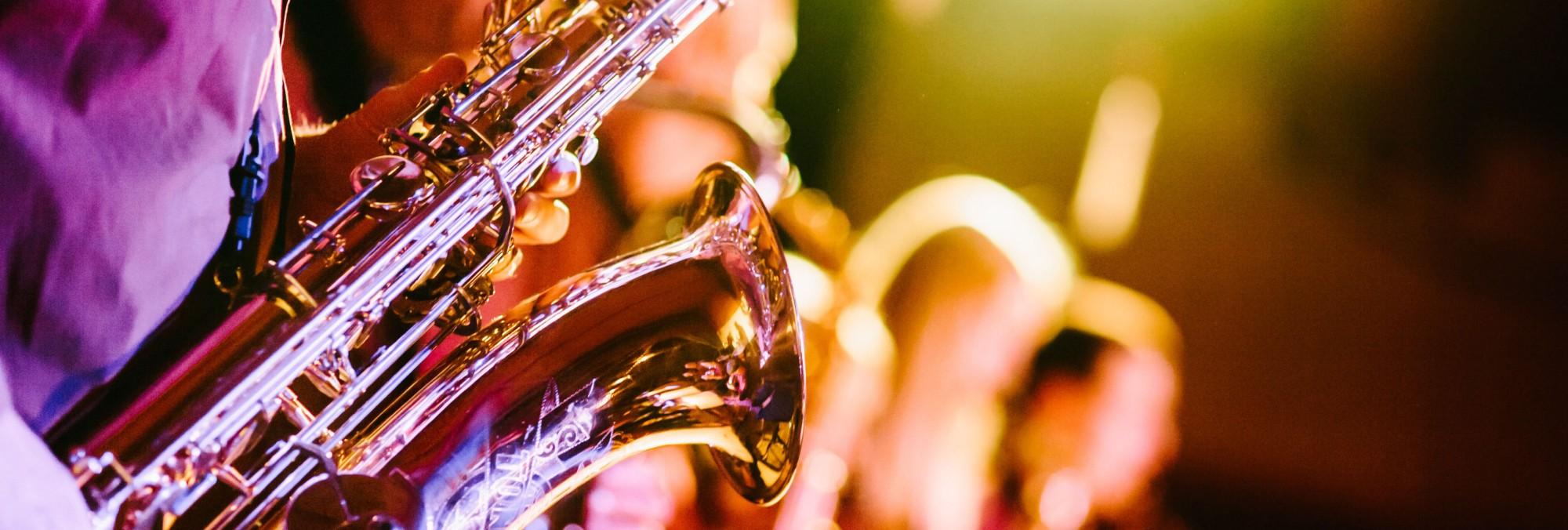 sassofono musicisti udito acufene